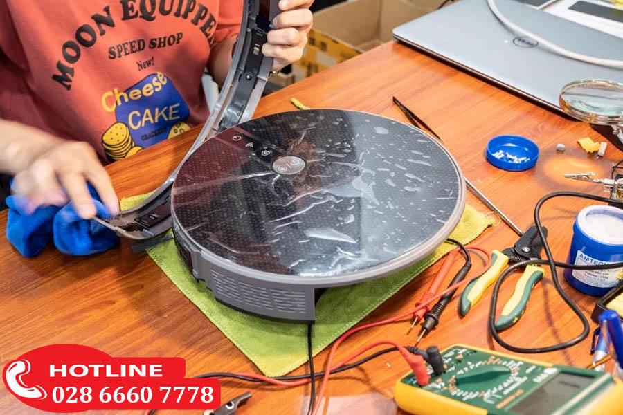 Dịch vụ sửa robot lau nhà tại Trung Tâm Sửa Chữa Bảo Hành Toshib